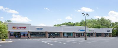 Updated Retail / Office Center Close to I-94